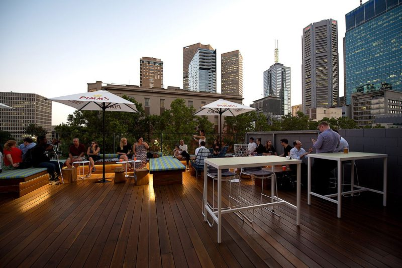 outdoor seating area at imperial hotel in melbourne