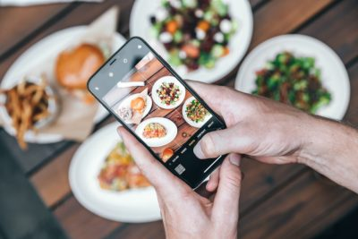 5 Best iOS Foodie Apps You Need to Download in 2021. Photographed by Nate Johnston. Image via Unsplash