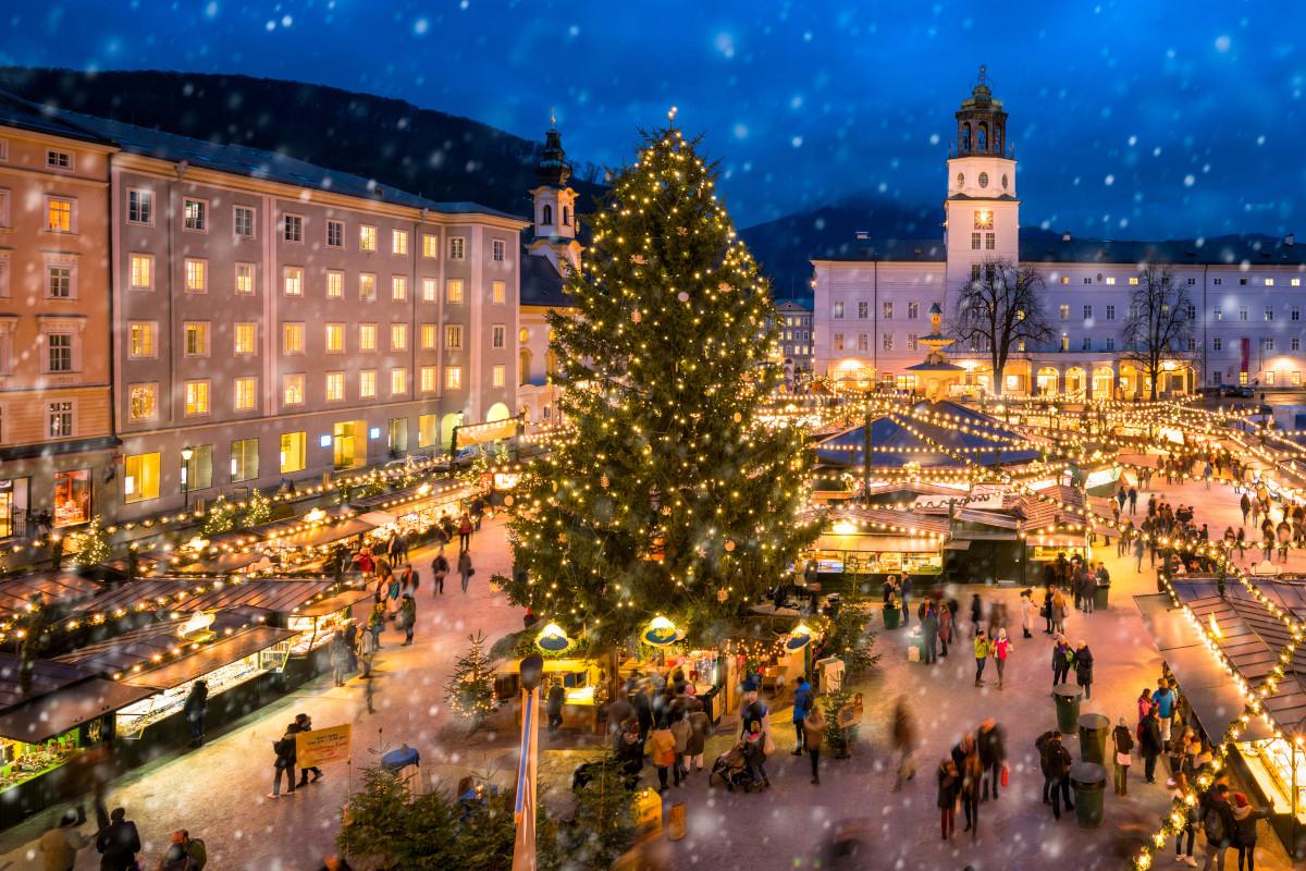 Christmas Markets in Salzburg, Austria. Image: mapman / Shutterstock