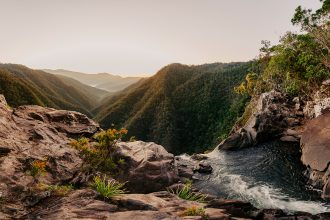 Windin Falls. Image via Tourism & Events Queensland