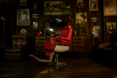 The 10 Best Men's Barbershop Experiences in Perth. Photographed by André Reis. Image via Unsplash.