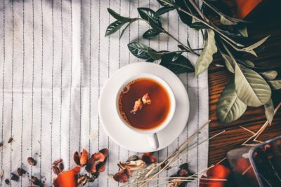 10 Best Sweet T2 Teas To Warm You Up This Winter. Photographed by miti. Image via Unsplash.